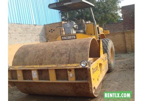 Escorts EC 5250 soil compactor on Hire in Naraina Vihar