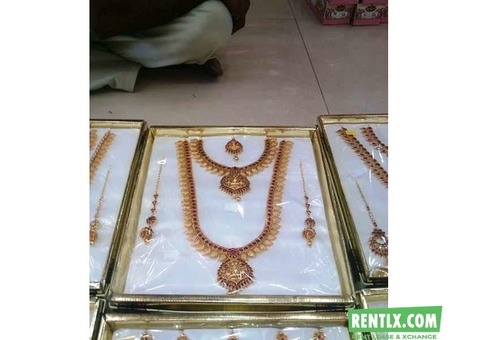 Jewellery set for rent