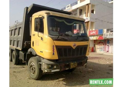 Truck on Rent in Vadodara