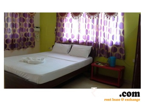 SINGLE BED CALANGUTE BEACH SIDE FLAT ON RENT