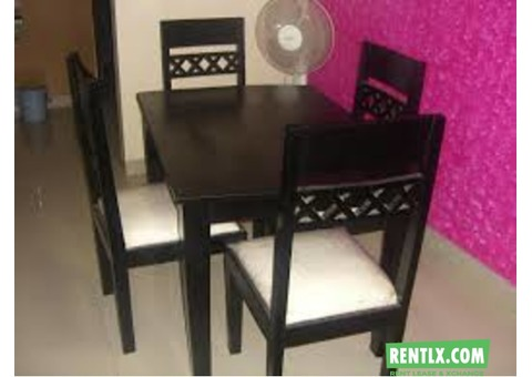 4 Seater dinning table for rent in Pune