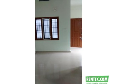 2 BHK apartment for rent at Vazhakala