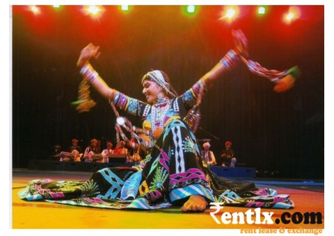Artists, folk dancers, bhangra, available for live shows