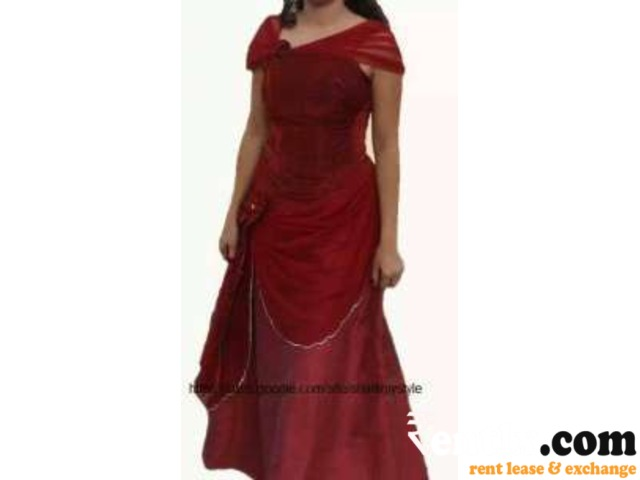Evening gown and lehenga on rent in Gurgaon Gurgaon
