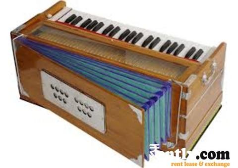 Teakewood Harmonium on Rent