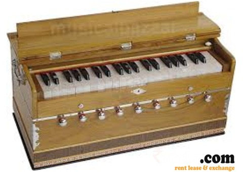 Harmonium Available on Rent in Delhi